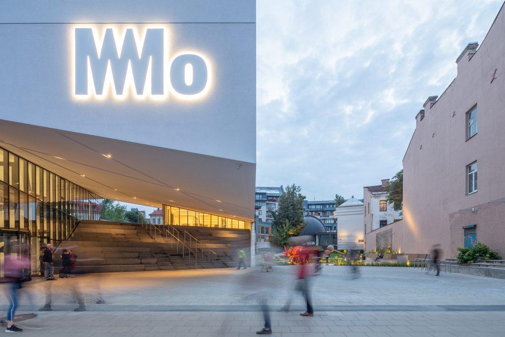 """MO muziejus – įsikūręs buvusio """"Lietuvos"""" kino teatro vietoje (architektai – Danielis Libeskindas, """"Do Architects""""). Norbert Tukaj nuotr."""