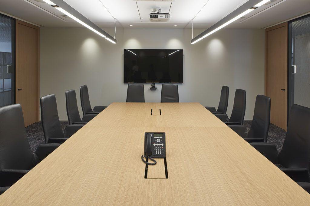 Biure įrengta konfidencialių pokalbių kambarių. Dariaus Petrulaičio nuotr.