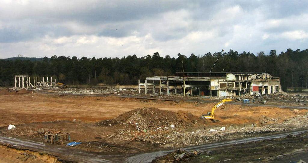 """1 il. Buvusios gamyklos """"Velga"""", užimančios apie 14 ha, teritorija paruošta naujam startui (vystytojas – UAB """"Geležinio vilko projektas""""). A. Štelbienės nuotr."""
