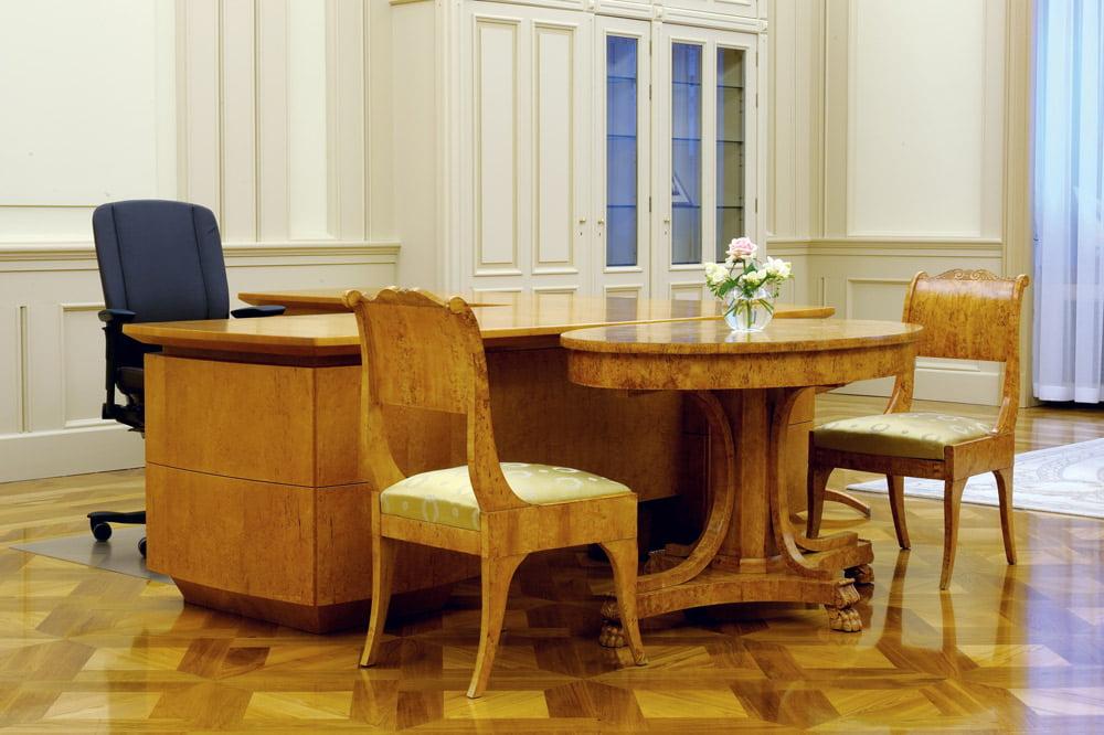 Prezidentūros stalo architektė Ramunė Gasperaitienė. Dariaus Petrulaičio nuotr.