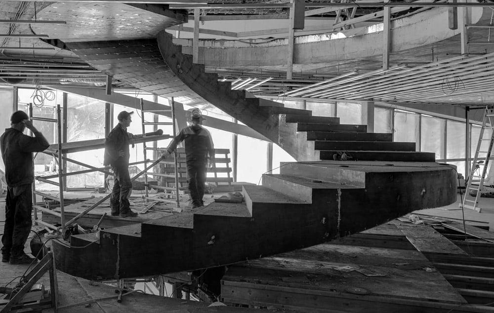 Laiptų konstrukcija suprojektuota nusprendus juos betonuoti.