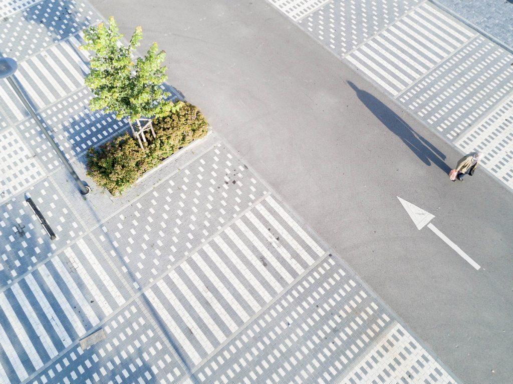 """""""Ogmios miesto"""" automobilių stovėjimo aikštelė-parkas. Norbert Tukaj nuotr."""