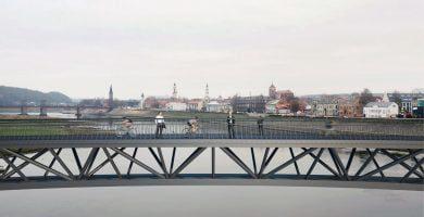 tiltų per Nemuno upę