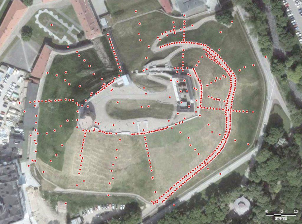 Gedimino pilies kalno teritorijoje išgręžtų tyrimo gręžinių, kurių duomenys dokumentaliai išlikę, išsidėstymas. V. Račkausko schema.