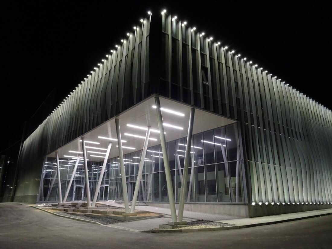 Banguojantys fasado elementai sumodeliuoti kompiuterine programa. Aurimo Daunoravičiaus nuotr.