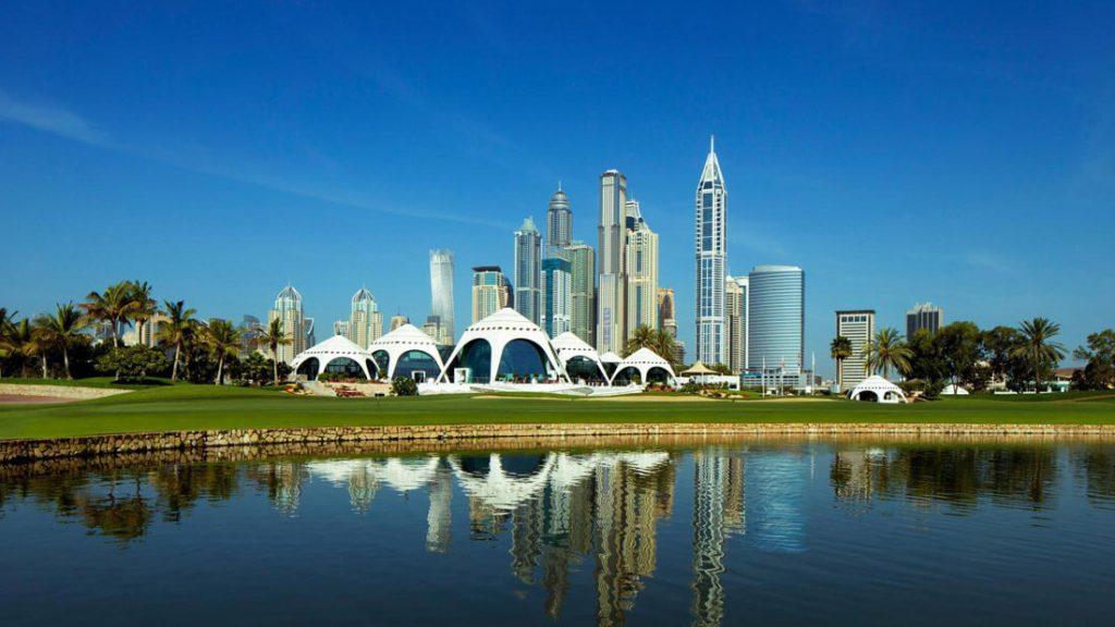 Dubajaus golfo aikštynai.