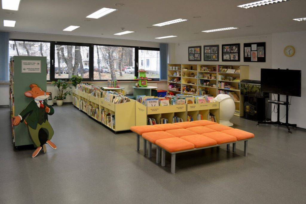 Elektrėnų bibliotekoje įrengta skaitykla vaikams.