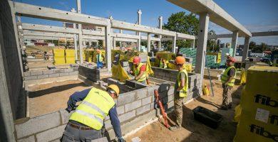 Statybos sektoriaus atstovai: Vyriausybės pasirinktas paramos modelis skatina diskriminaciją versle
