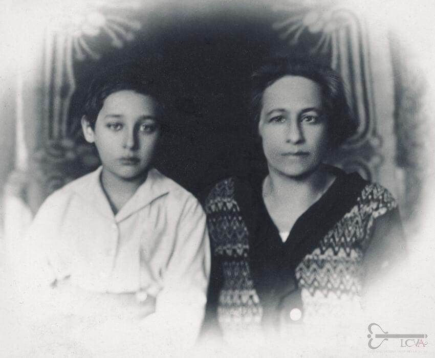 Mina Kaceva su sūnumi Romainu, 1925 m. Lietuvos ypatingojo archyvo nuotr.