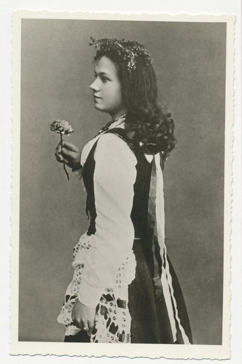 """Marija Piaseckaitė-Šlapelienė – pagrindinio vaidmens atlikėja pirmojoje lietuviškoje operoje, Miko Petrausko operoje """"Birutė"""", 1906 m. Marijos ir Jurgio Šlapelių namo-muziejaus archyvo nuotr."""