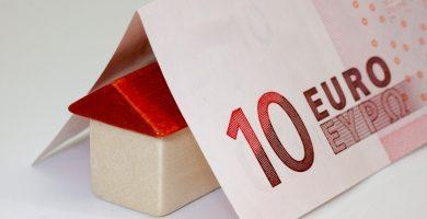 Suteikiama galimybė atidėti įmokas už NT paskolas, vartojimo kreditus ir lizingus