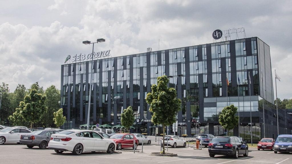 """SEB arena ir """"Urbihop"""" viešbutis."""
