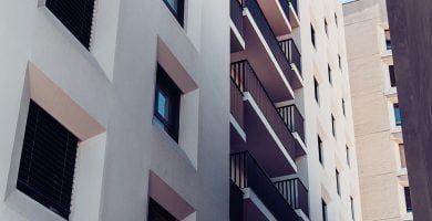 Kovo mėnesį butų pardavimai smuko tris kartus