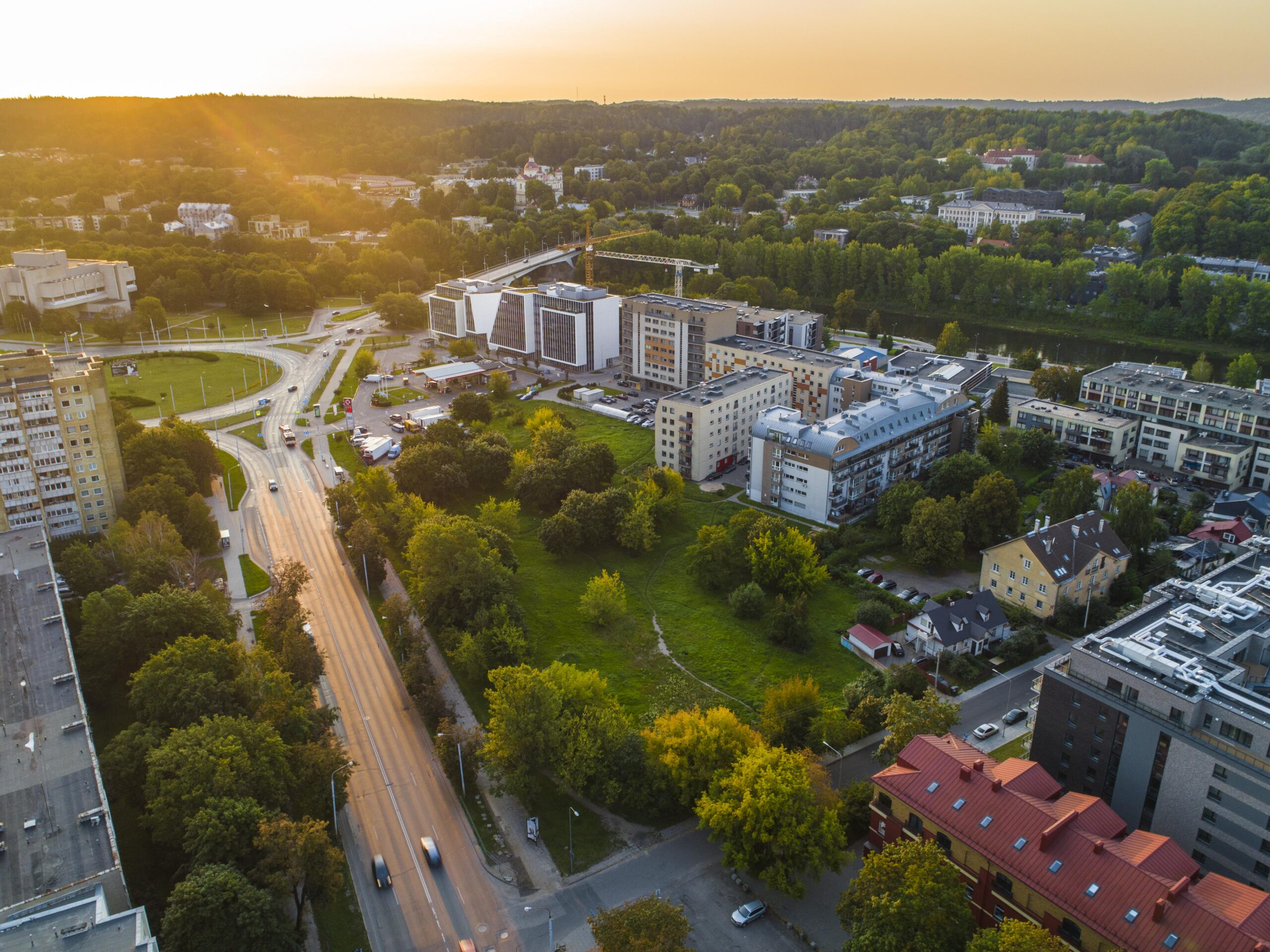 Teritorija tarp Šeimyniškių, Raitininkų ir Sporto gatvių