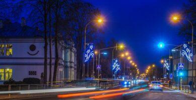 Panevėžyje visus gatvių ir viešųjų erdvių šviestuvus pakeis LED apšvietimu