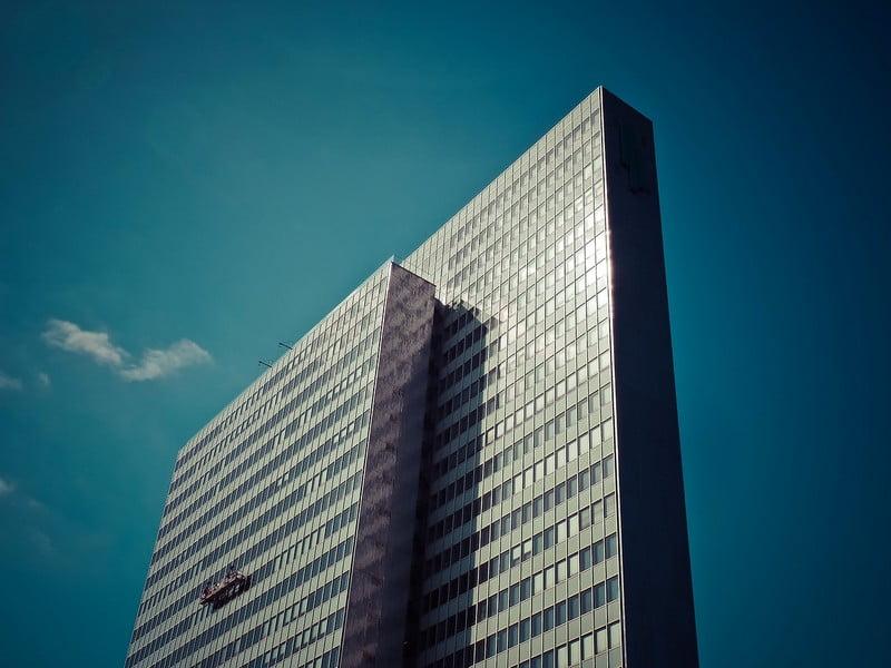 stikliniai fasadai dangoraizis architektura