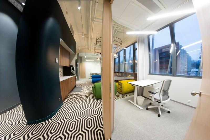 coworking vilnius monday office biuras