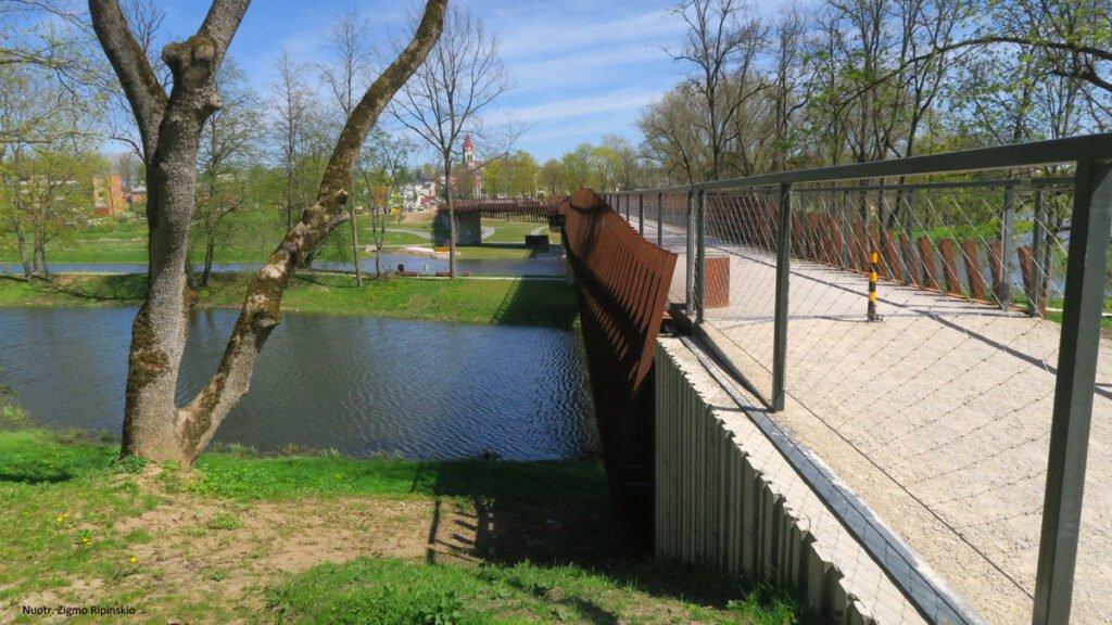 kursenu tiltas kursenai