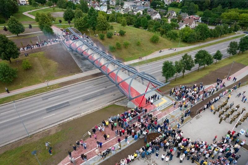 jonava pesciuju tiltas dronas lietuva tiltai
