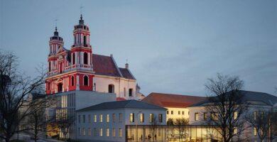 """Vietoj Šv. Jokūbo ligoninės iškilsiantį Vasario 16-osios kompleksą statys """"Naresta"""""""