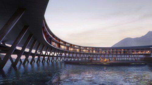 """Iškilęs ant medinės struktūros kelis metrus virš vandens, Snøhetta"""" bus pirmasis pasaulyje viešbutis, pats gaminsiantis sau energiją. (Snøhetta Plompmozes)"""