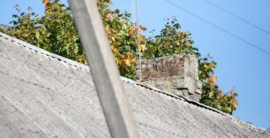 Aplinkos ministras: kompensuoti šiferio stogų keitimą miestuose nėra pinigų