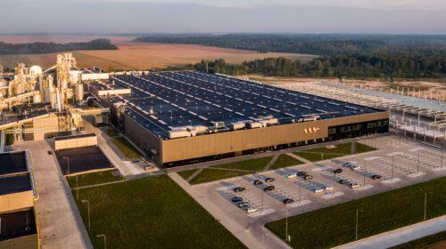 VMG medienos drožlių plokščių gamykla.