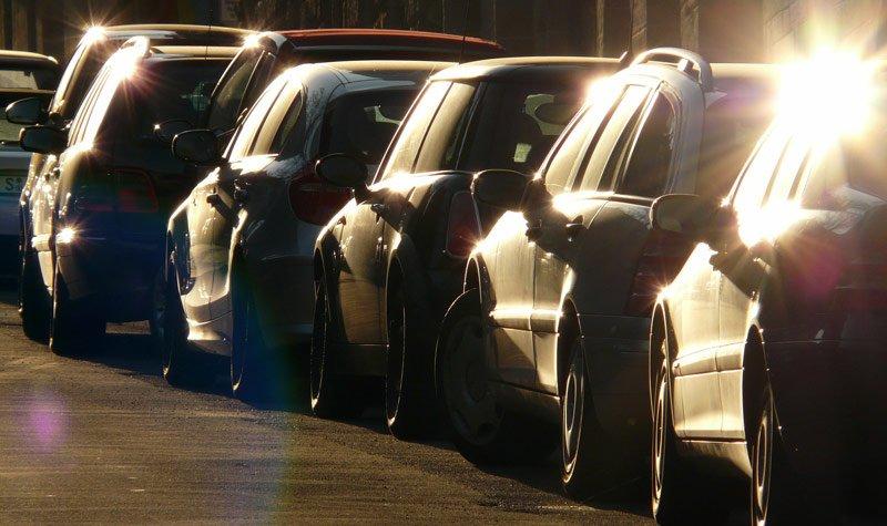 automobilių stovėjimo vietų skaičių