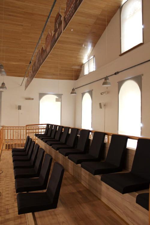 Žiūrovams pritaikytas ir sinagogos balkonas. D. Stabrauskaitės nuotr.