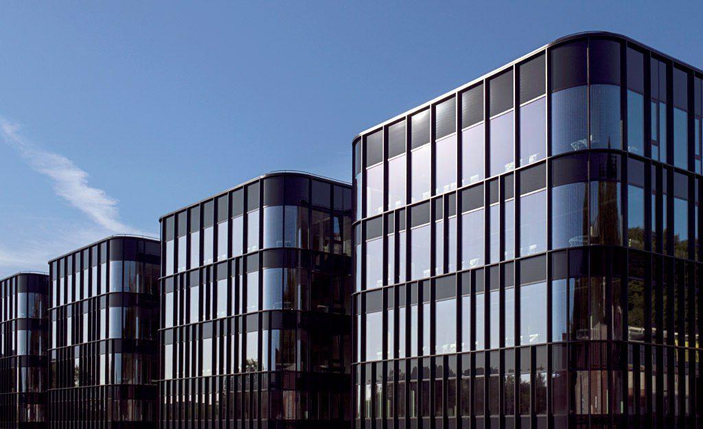 """Verslo centras """"River hall"""". Architektai – UAB Architektų biuras G. Natkevičius ir partneriai. Įgyvendintas 2017 metais. Jonavos g. 60, Kaunas."""