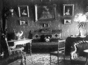 1 pav. Vilniečio Teplovo buto interjeras, XX a. pr., fot. autorius Aizikas Cinovecas, LDM Fi 48.