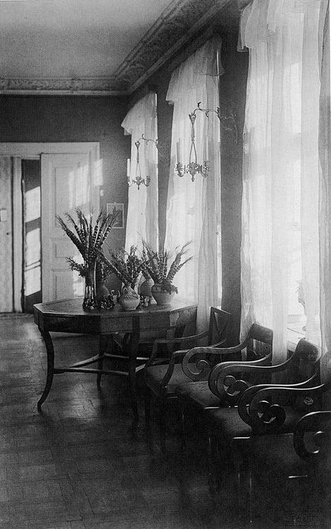4 pav. F. Ruszczyco buto Užupyje interjeras, fot. autorius J. Bułhakas, 1912–1913 m.