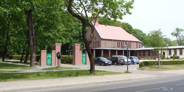 Architektai numato atkurti kapinių vartus.<br>Klaipėdos savivaldybės vizual.