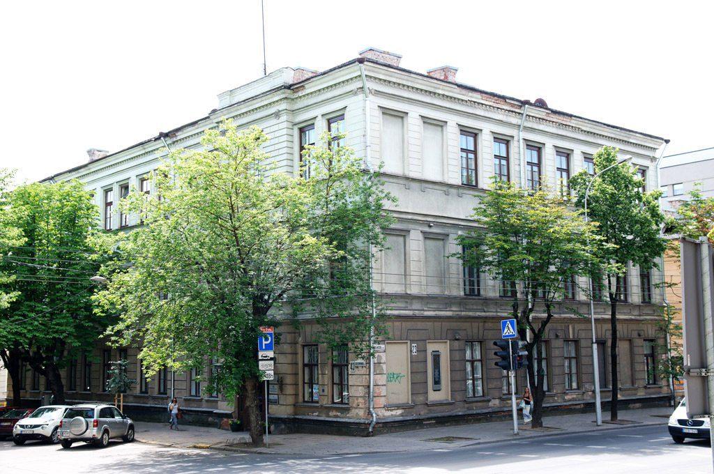 Buvęs Humanitarinių mokslų fakulteto pastatas (Gedimino g. 43, plotas 1477,32 kv. m). KTU nuotr.