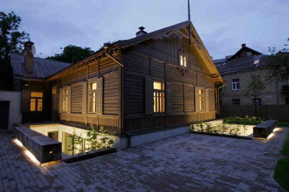 Namas Žvėryne (rekonstrukcija)