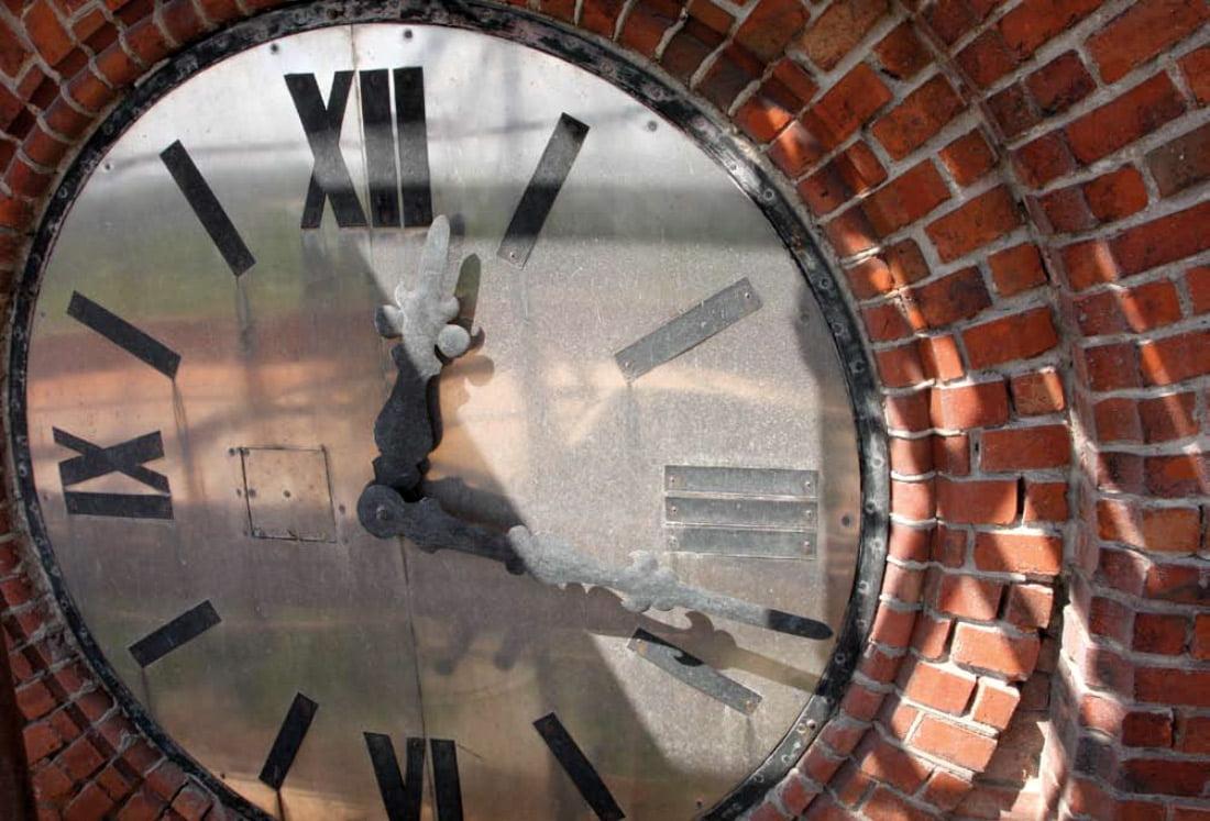 Bažnyčios bokšto laikrodis. D. Grikšaitės nuotr.