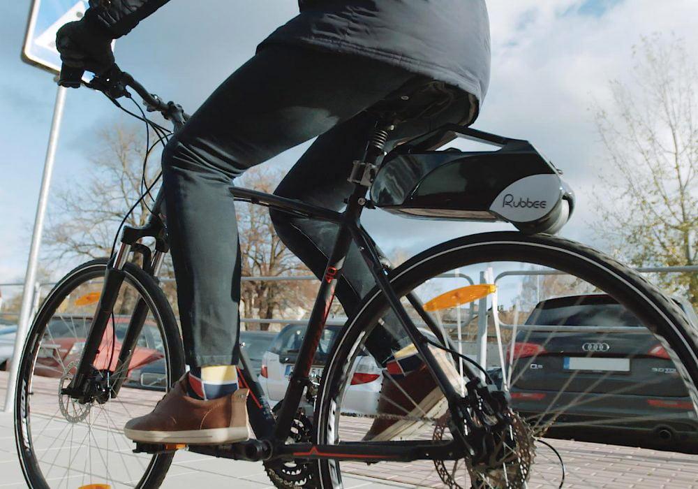 """1 vieta: Elektrinė dviračio pavara """"RUBBEE X""""."""