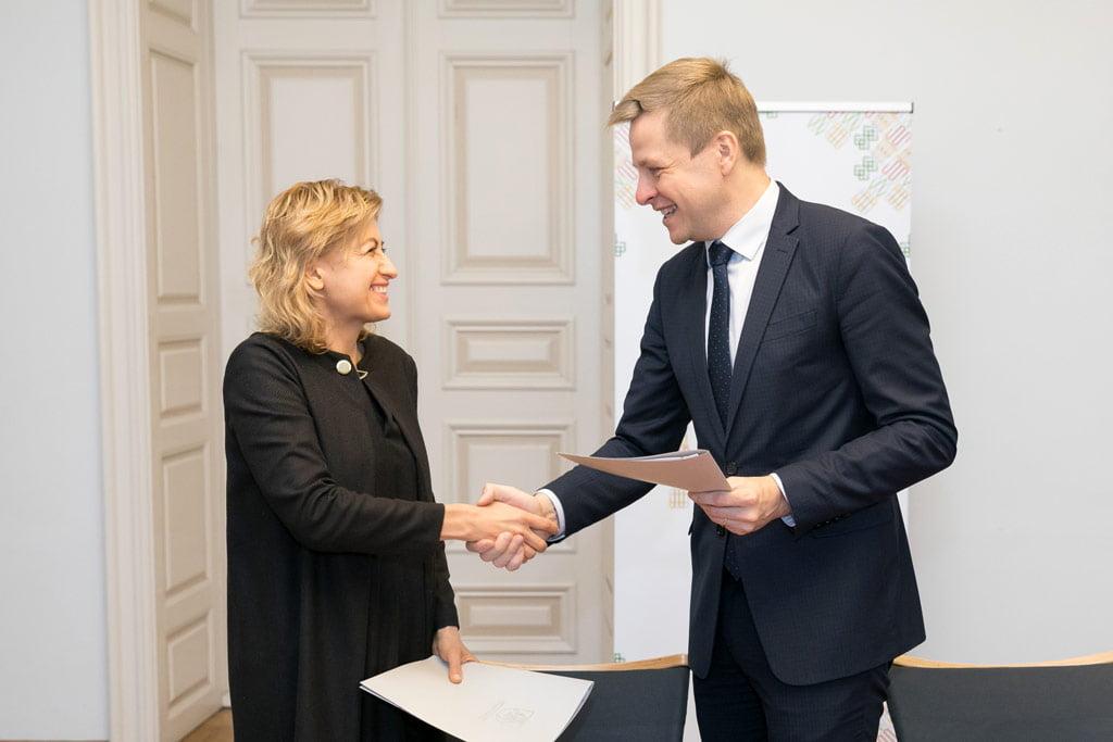 Kultūros ministrė Liana Ruokytė-Jonsson ir Vilniaus miesto meras Remigijus Šimašius. S. Žiūros nuotr.