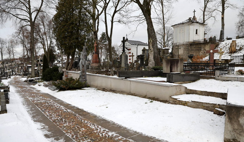 Rasų kapinių tvarkymo darbai