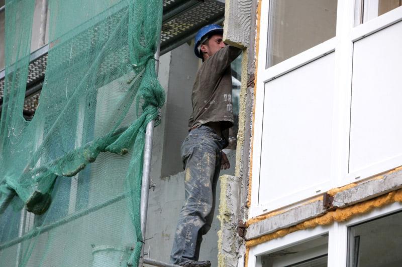 daugiabučių namų atnaujinimo programą