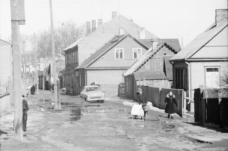 Stanislovas Lukošius. Vilijampolės gatvė, 1960 m. © Kauno miesto muziejaus rinkinys.