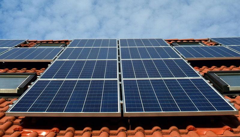 Elektros energiją gaminantiems vartotojams