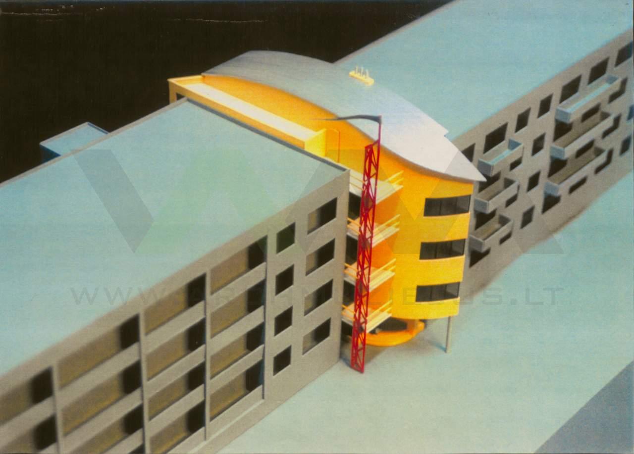 """Projektavimo firmos """"Nava"""" biuro Kaune architektūros projektas, 1997 m., spalvota maketo nuotrauka, vaizdas iš viršaus. Arch. G. Natkevičius. Nuotraukos aut. G. Natkevičius."""
