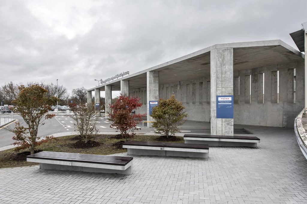 Autobusų stotis Vilniaus oro uoste – Vilniaus architektūros studija (arch. Tomas Noreika). Leono Garbačausko nuotr.